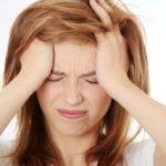 Стремительное снижение показателей общего давления и сильная головная боль