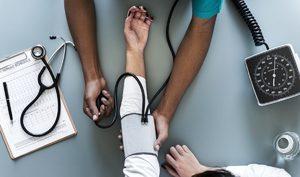 Как самой себе измерить артериальное давление